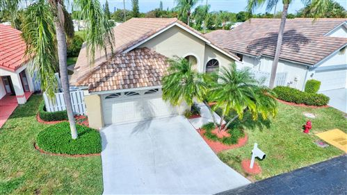 Photo of 169 Executive Circle, Boynton Beach, FL 33436 (MLS # RX-10707353)