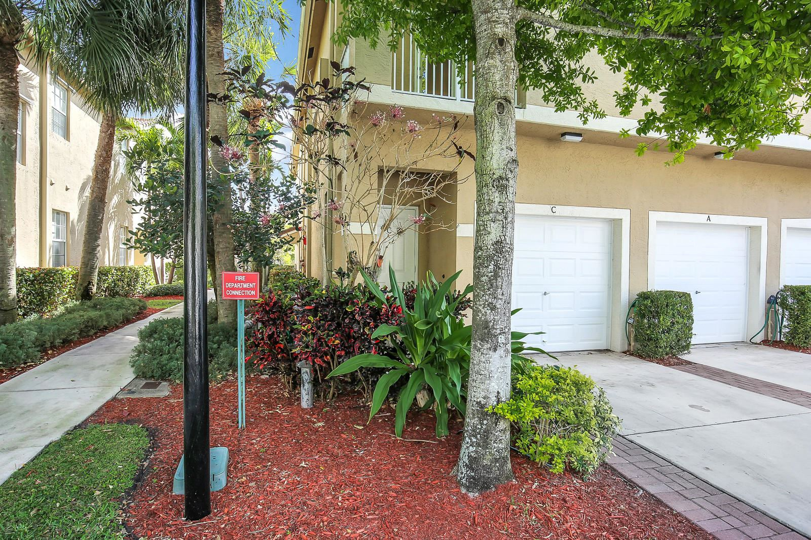 Photo of 114 Lighthouse Circle #C, Tequesta, FL 33469 (MLS # RX-10628354)