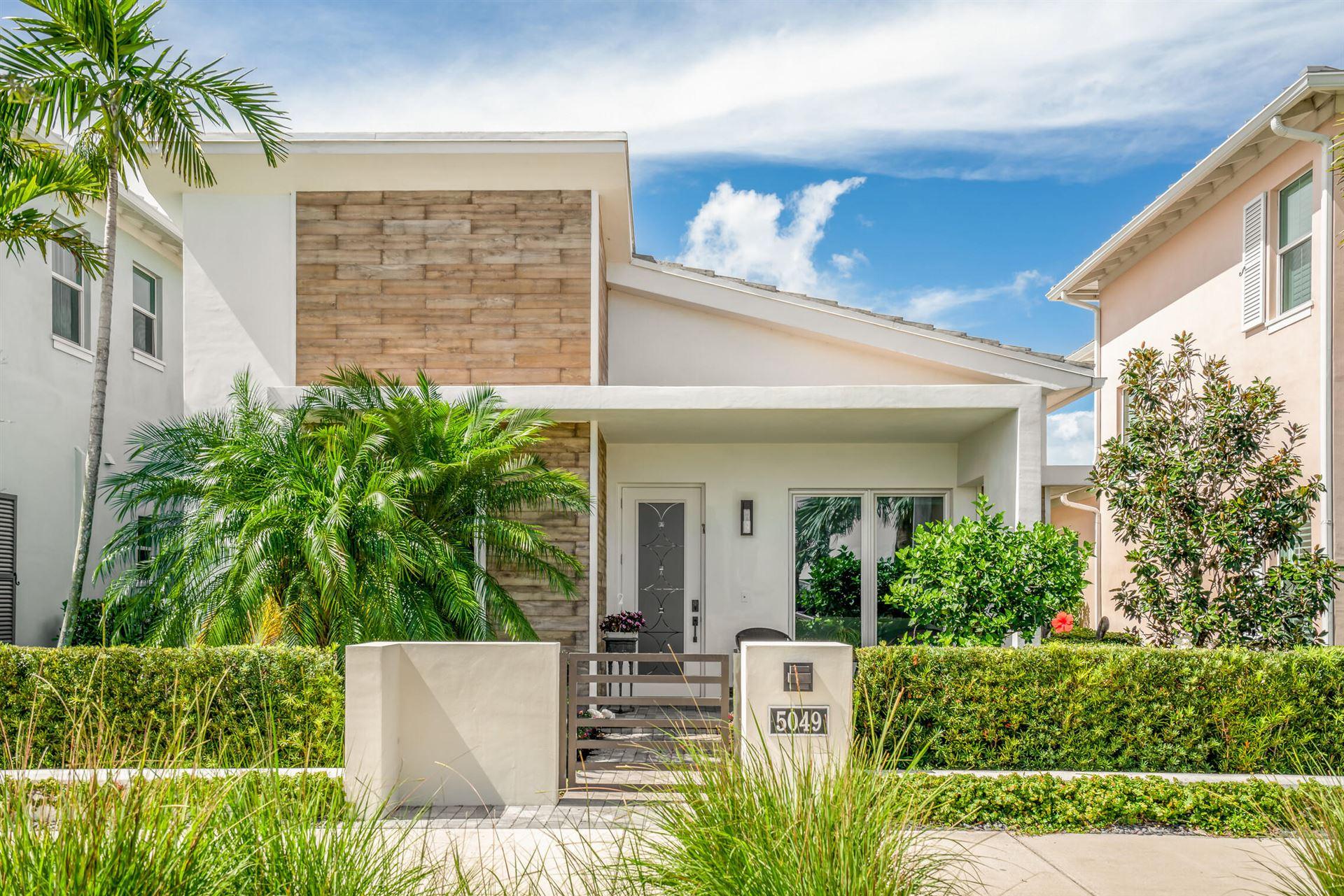 5049 Grandiflora Road, Palm Beach Gardens, FL 33418 - #: RX-10717355