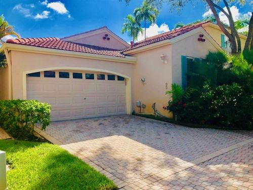 Photo of 55 Via Del Corso, Palm Beach Gardens, FL 33418 (MLS # RX-10557359)