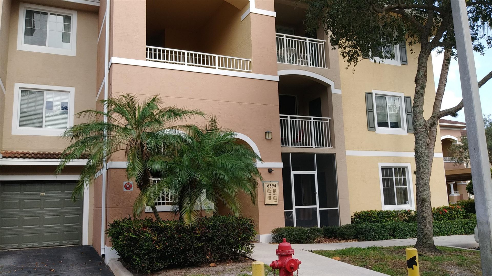 6394 Emerald Dunes Drive #104, West Palm Beach, FL 33411 - #: RX-10634359