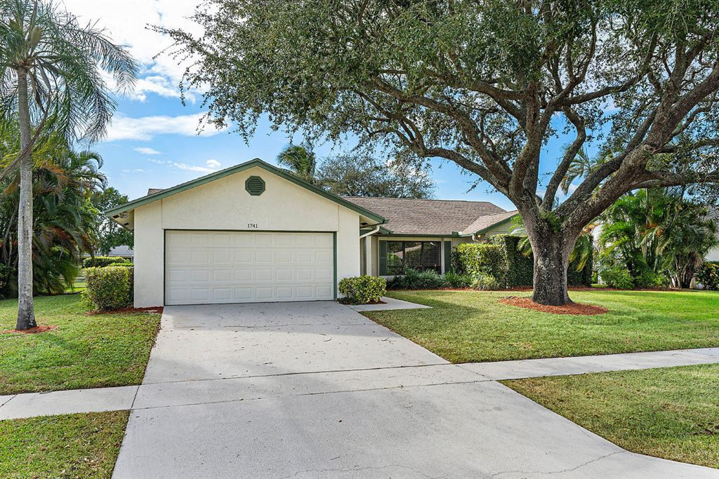 Photo 3 of Listing MLS rx-10568359 in 1741 Primrose Lane Wellington FL 33414