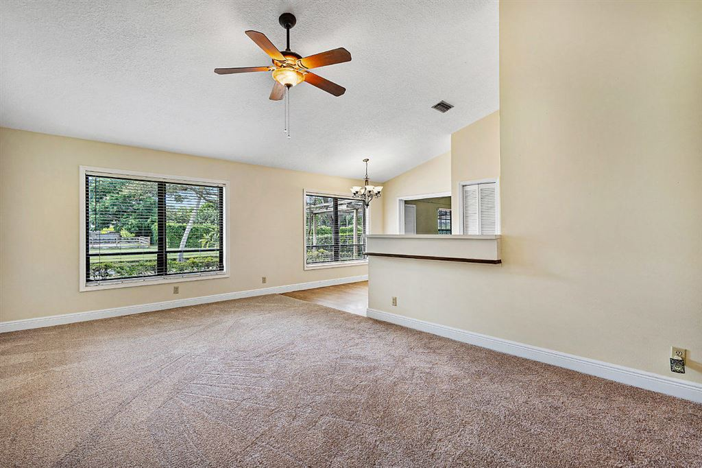 Photo 5 of Listing MLS rx-10568359 in 1741 Primrose Lane Wellington FL 33414