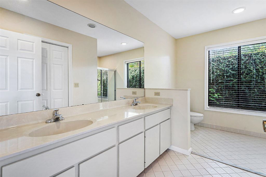 Photo 16 of Listing MLS rx-10568359 in 1741 Primrose Lane Wellington FL 33414