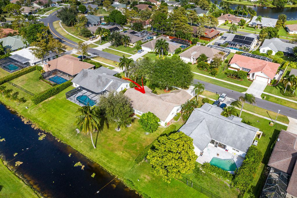 Photo 34 of Listing MLS rx-10568359 in 1741 Primrose Lane Wellington FL 33414