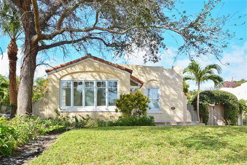 Photo of 815 Biscayne Drive, West Palm Beach, FL 33401 (MLS # RX-10644360)
