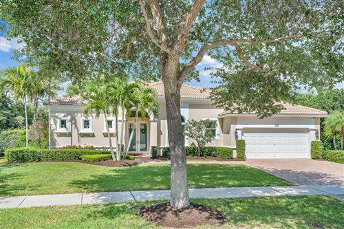 Photo of 103 N Magnolia Way, Tequesta, FL 33469 (MLS # RX-10706360)