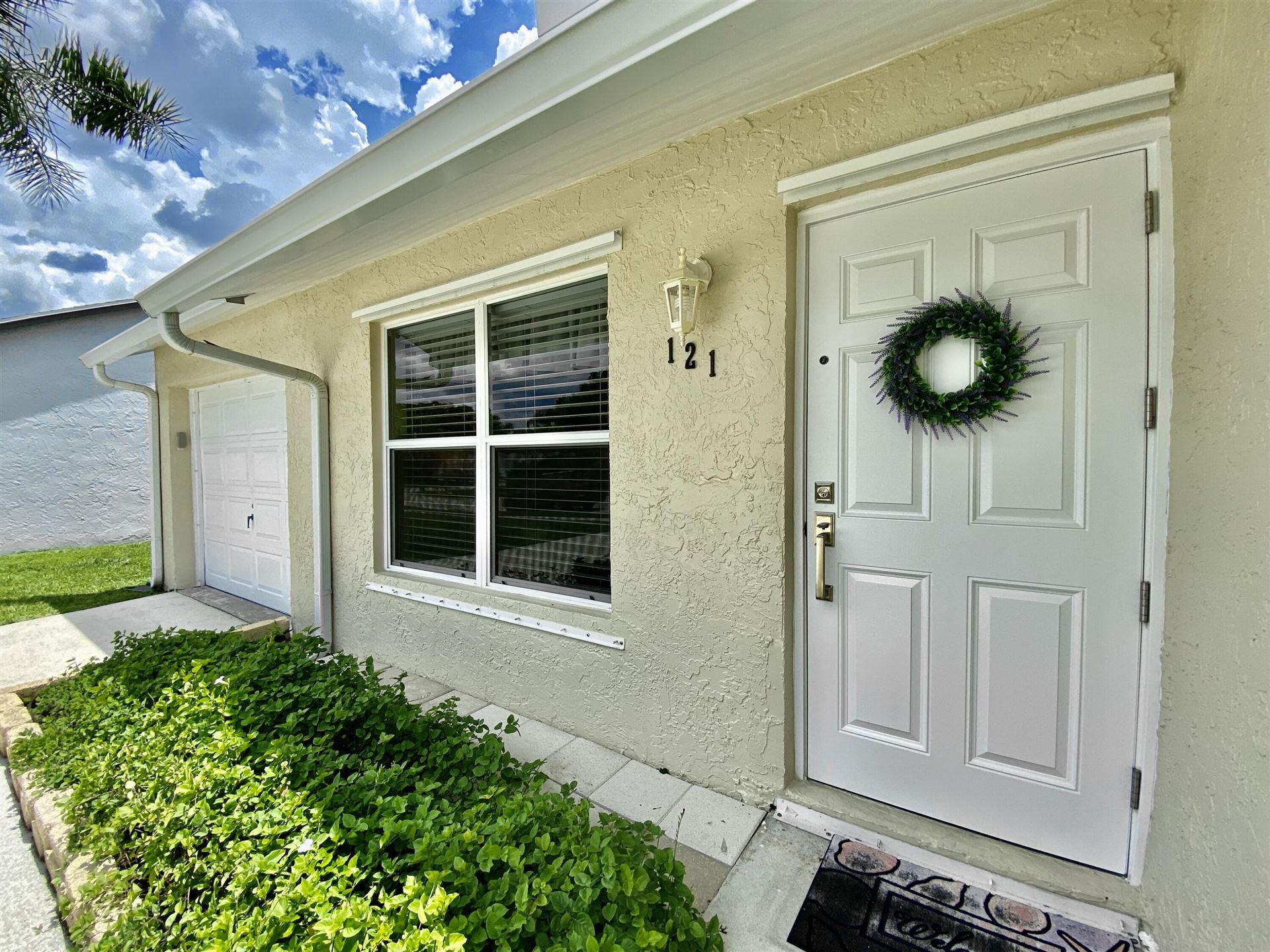 Photo of 121 Deerfield Drive, Jupiter, FL 33458 (MLS # RX-10733362)