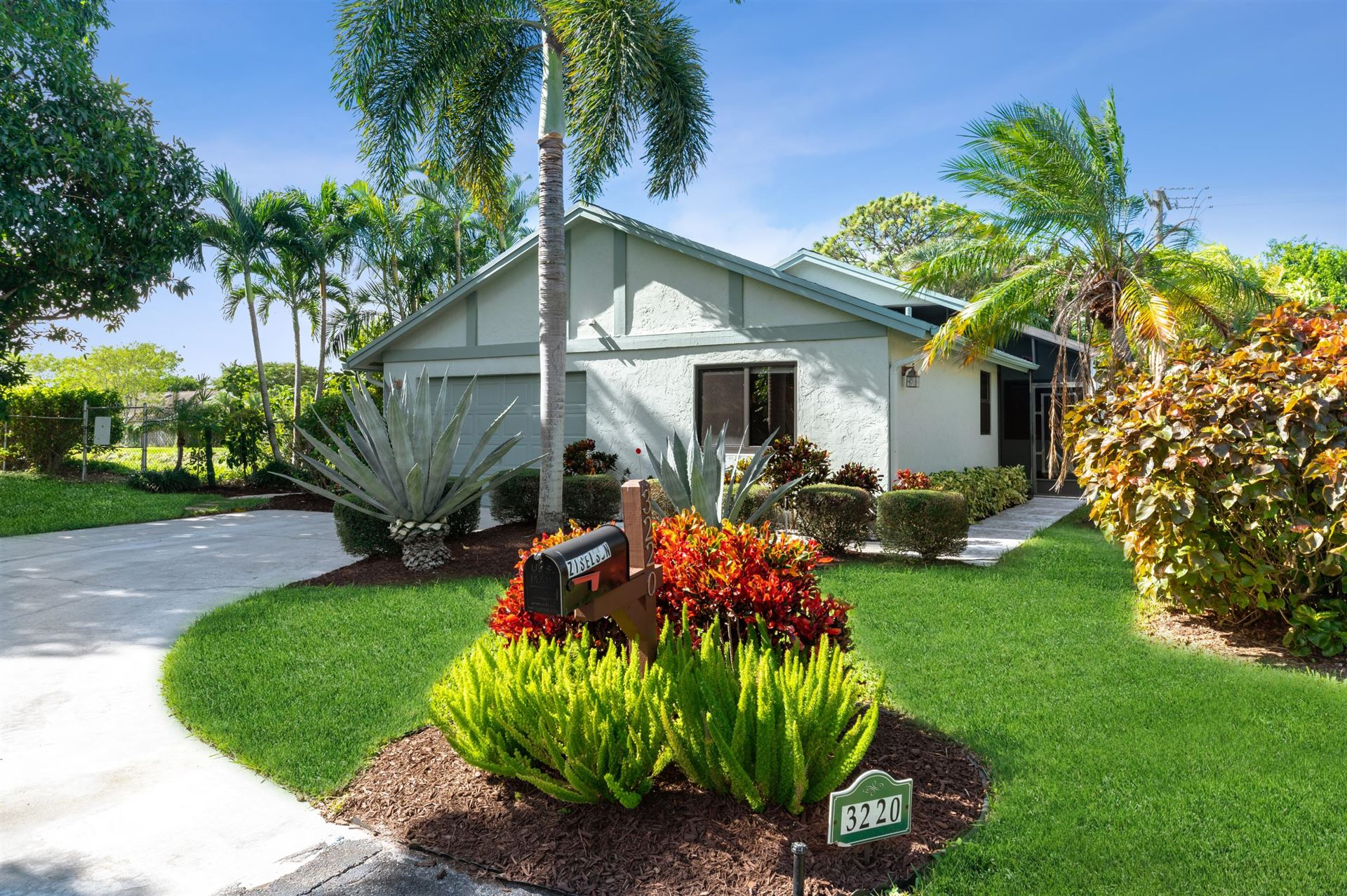 3220 NW 10th Place, Delray Beach, FL 33445 - #: RX-10673363