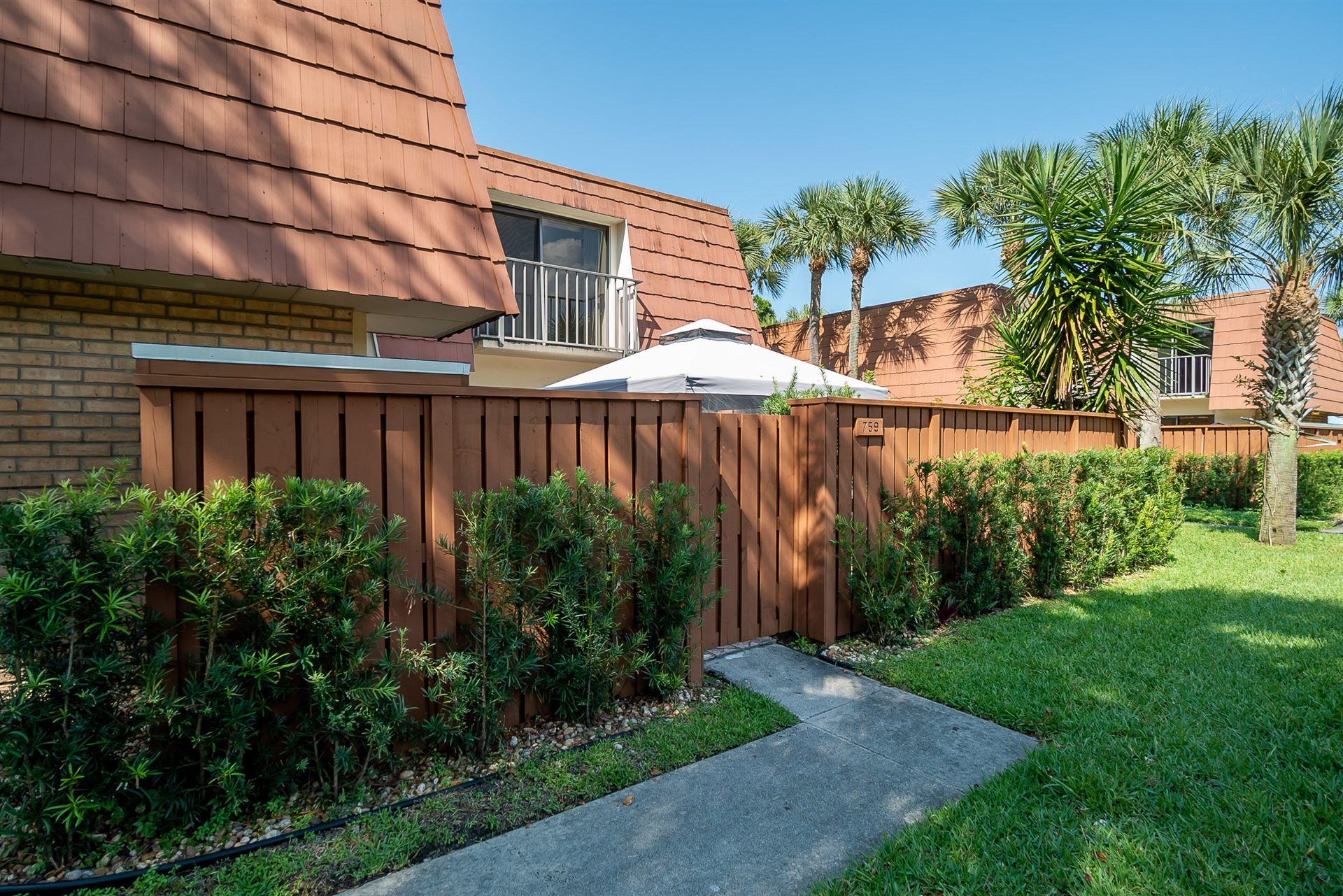 Photo of 759 Buttonwood Lane, Boynton Beach, FL 33436 (MLS # RX-10715363)