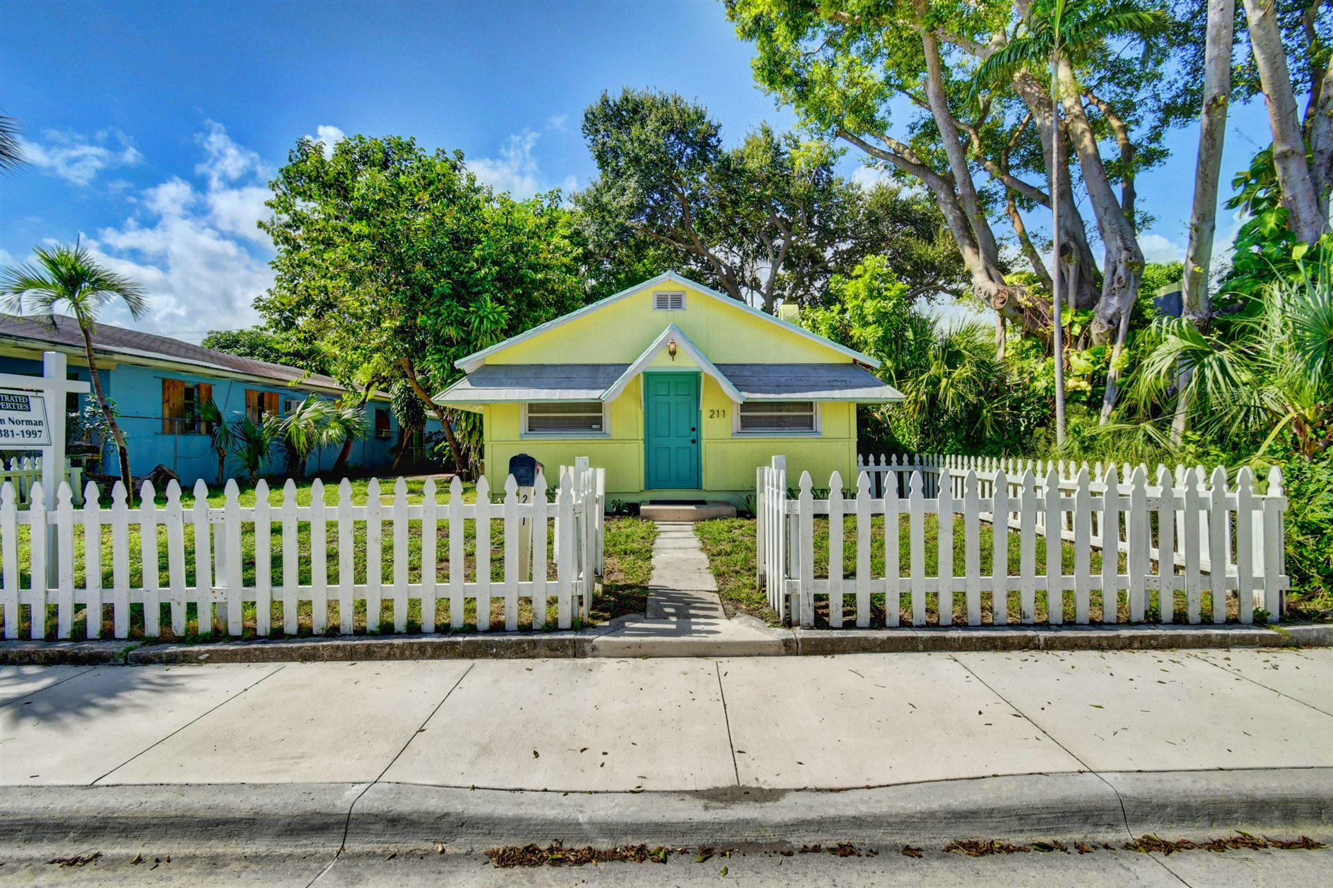 211 S L Street, Lake Worth, FL 33460 - #: RX-10666364