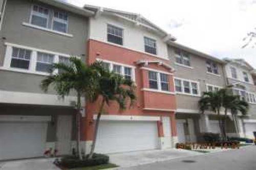 Foto de inmueble con direccion 630 Amador Lane #6 West Palm Beach FL 33401 con MLS RX-10640365