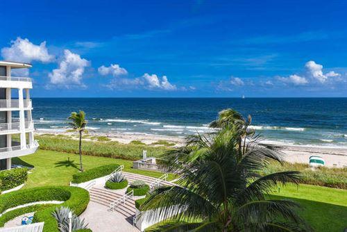 Photo of 2600 S Ocean Boulevard #403s, Palm Beach, FL 33480 (MLS # RX-10732366)