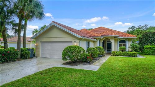Photo of 101 Winter Club Drive, Palm Beach Gardens, FL 33410 (MLS # RX-10754366)
