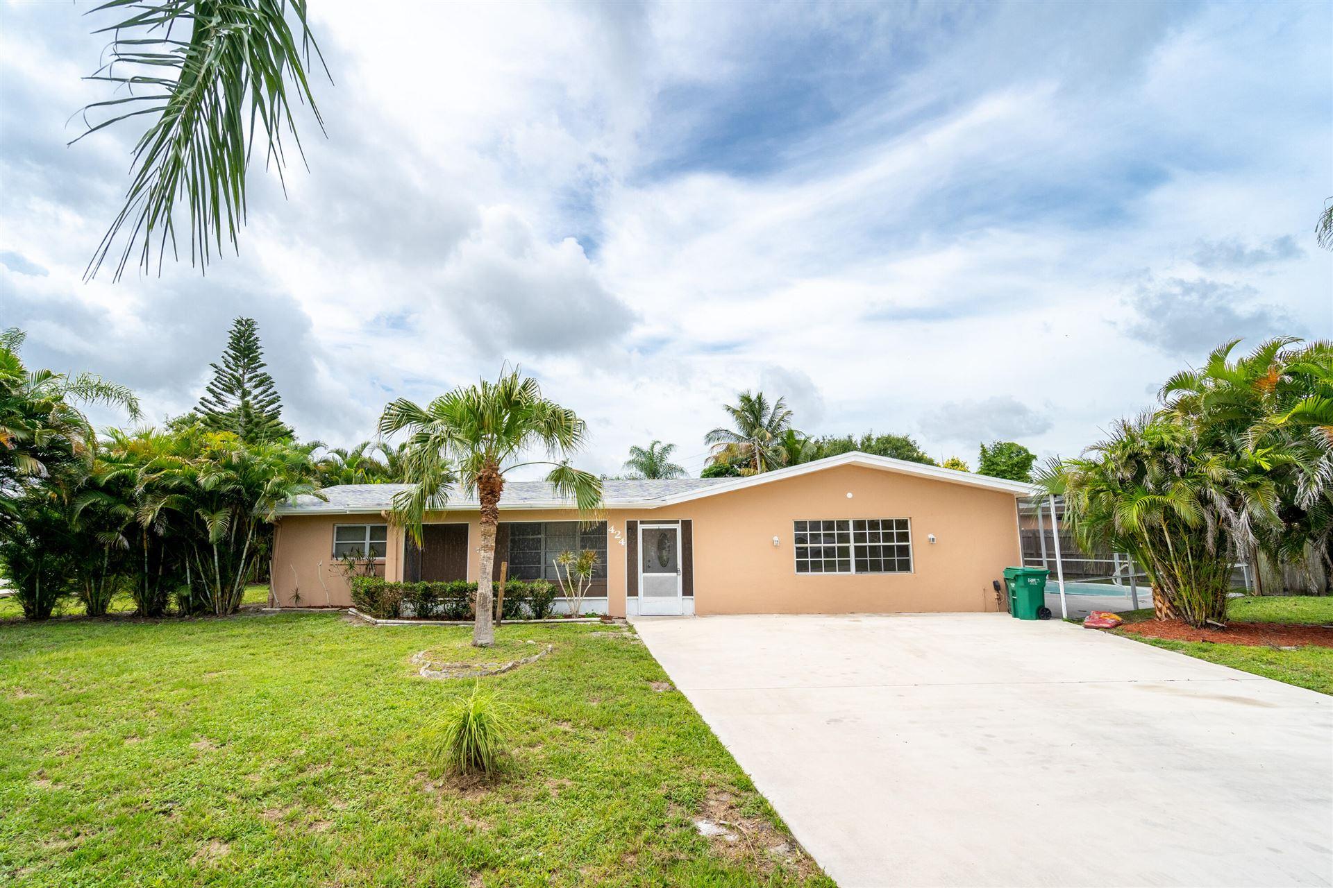 424 Willows Avenue, Port Saint Lucie, FL 34952 - #: RX-10743368
