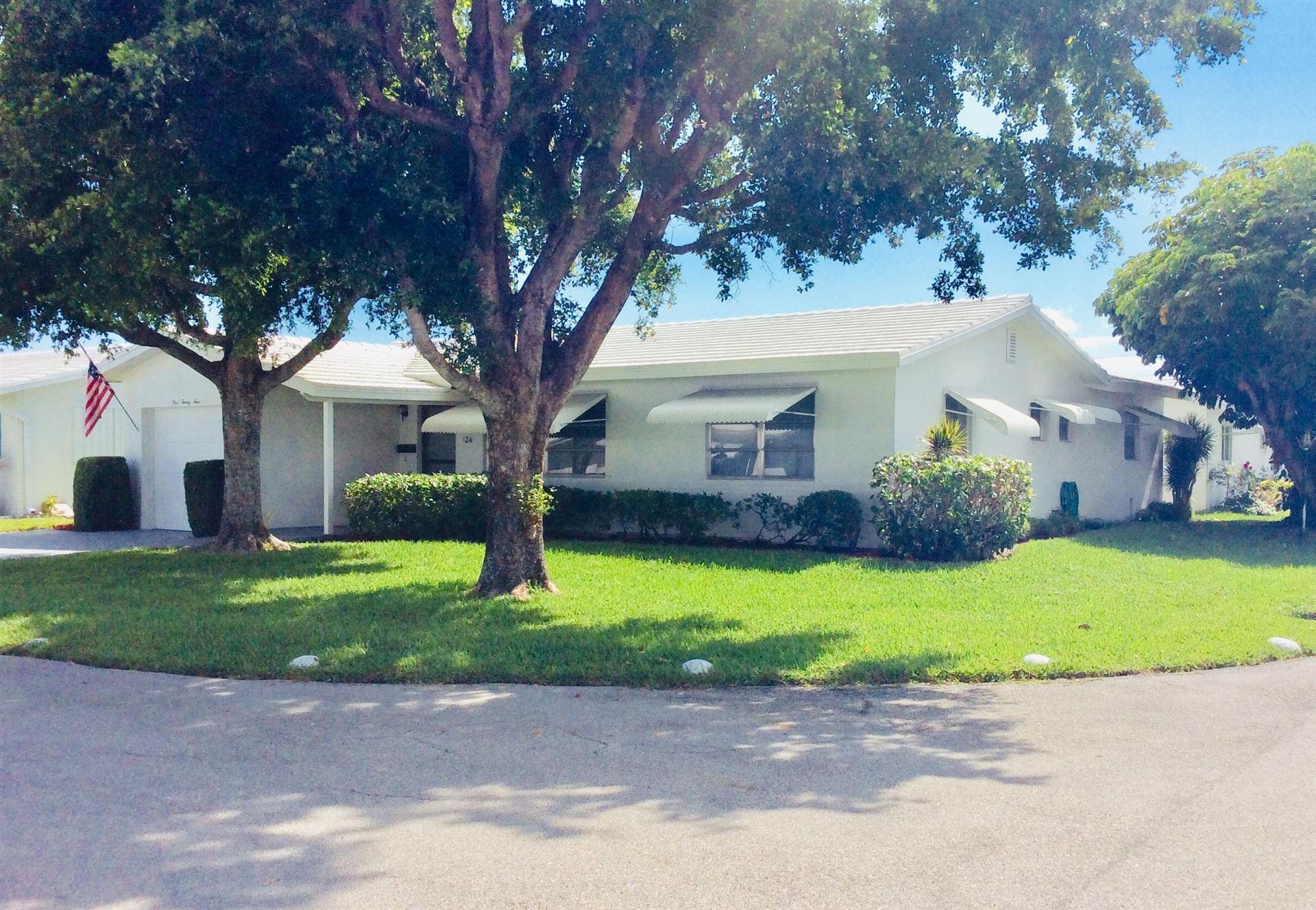 Photo of 124 SW 10th Court, Boynton Beach, FL 33426 (MLS # RX-10715369)
