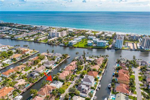 Photo of 949 Banyan Drive, Delray Beach, FL 33483 (MLS # RX-10699372)