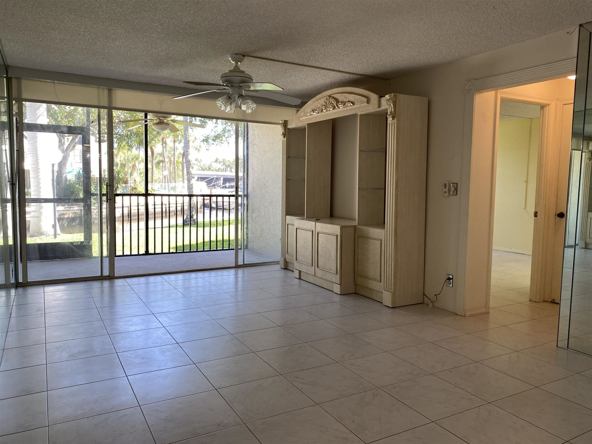 Photo of 7 Royal Palm Way #102, Boca Raton, FL 33432 (MLS # RX-10696372)