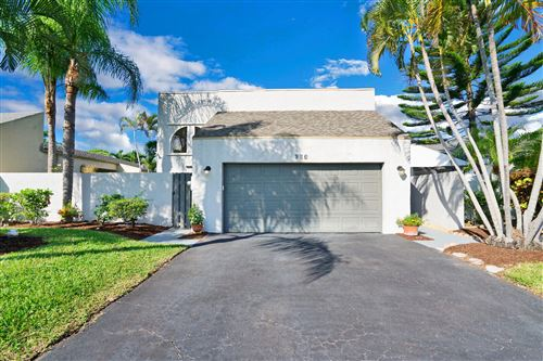 Photo of 930 NW 22nd Avenue, Delray Beach, FL 33445 (MLS # RX-10752374)