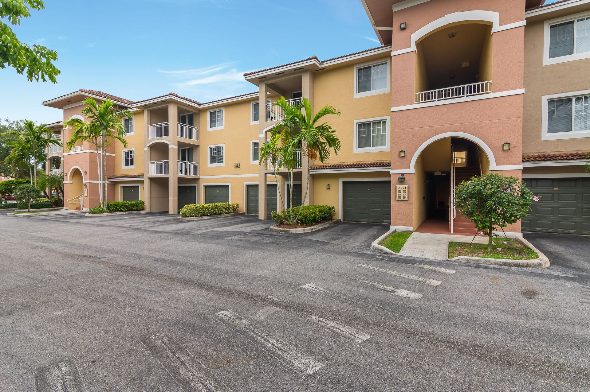 6521 Emerald Dunes Drive #105, West Palm Beach, FL 33411 - MLS#: RX-10714374