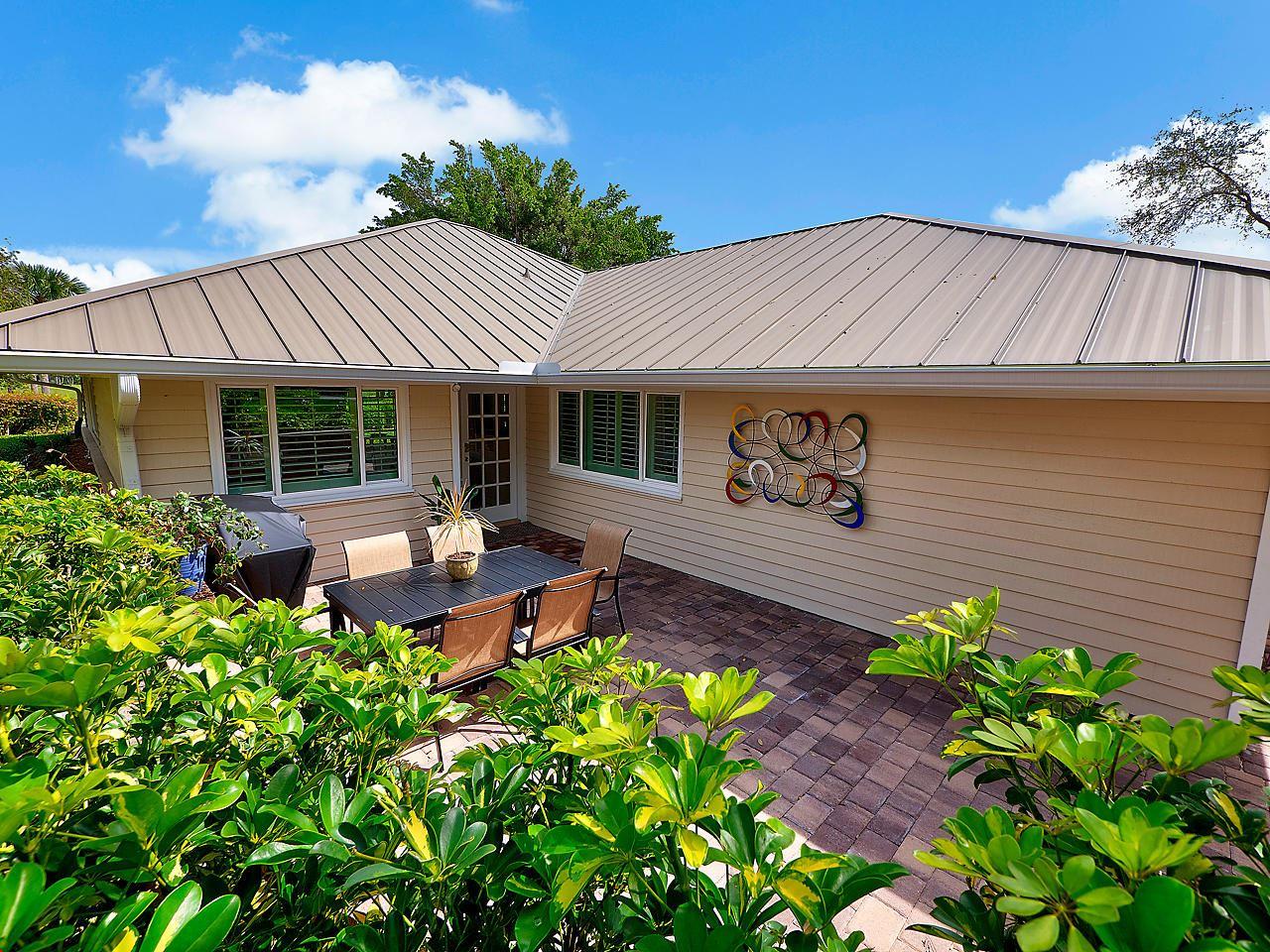 5303 SE Club Way, Stuart, FL 34997 - #: RX-10624377