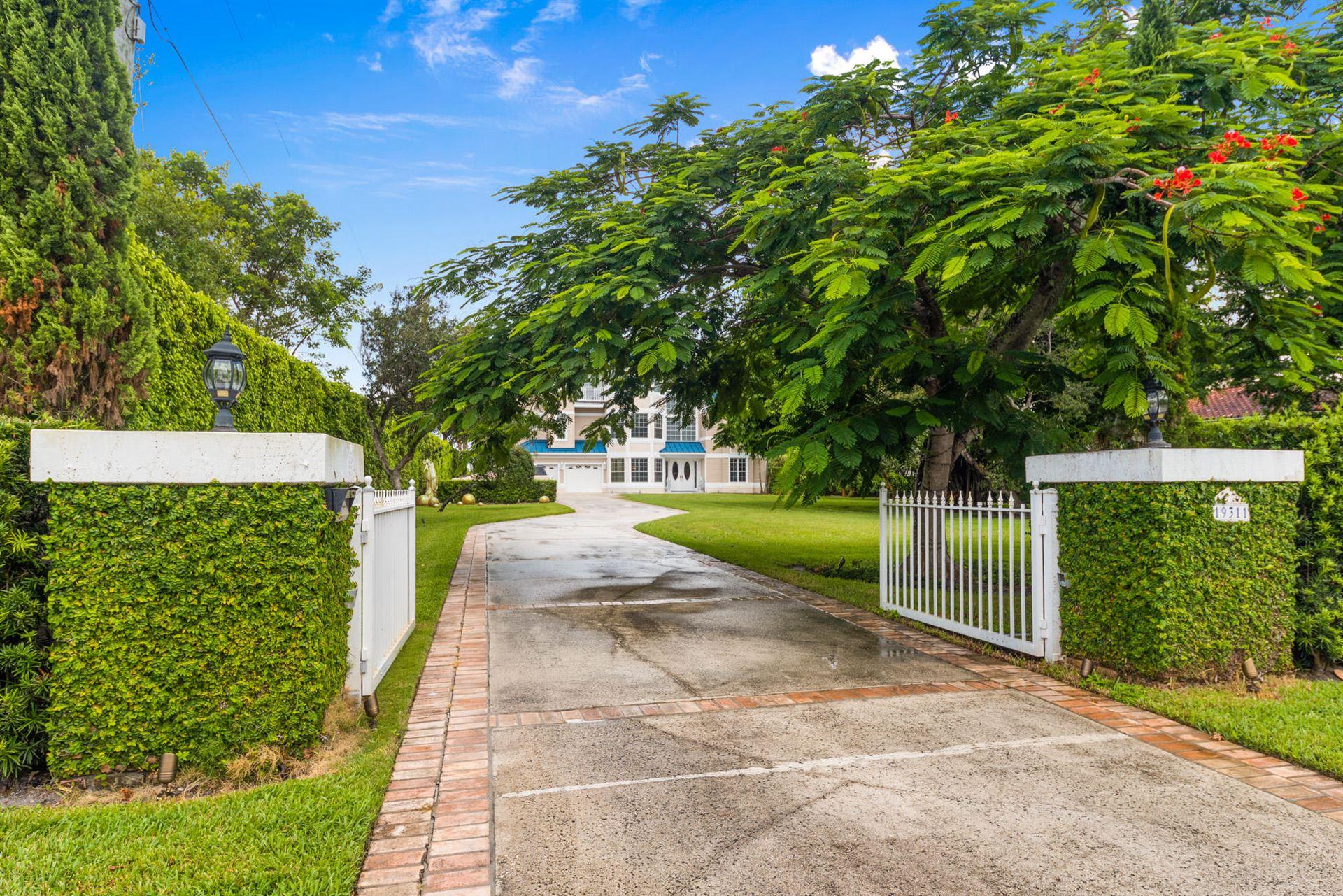 Photo of 19311 N Riverside Drive, Jupiter, FL 33469 (MLS # RX-10645377)