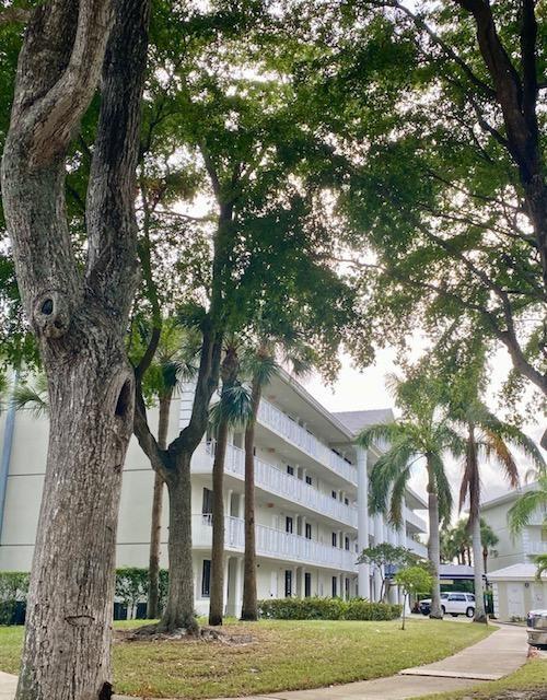 2701 Village Boulevard #301, West Palm Beach, FL 33409 - #: RX-10720377