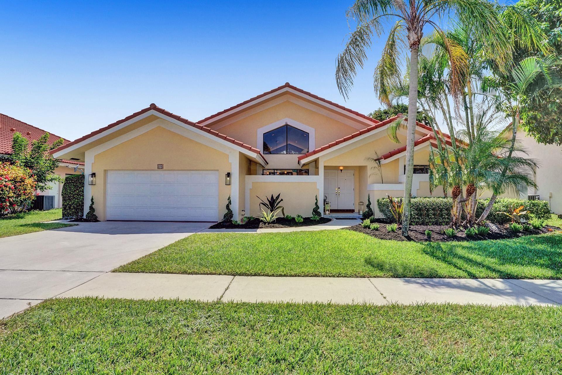 374 Prairie Rose Lane, Boca Raton, FL 33487 - #: RX-10735377