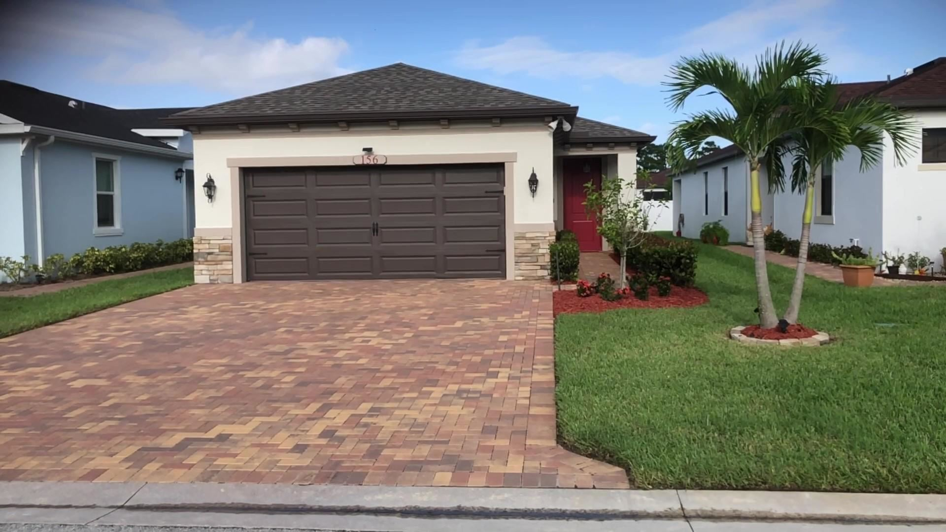 156 SE Via Visconti, Port Saint Lucie, FL 34952 - #: RX-10669378
