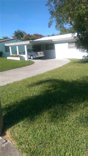 Photo of 1423 Garfield Street, Hollywood, FL 33020 (MLS # RX-10743379)