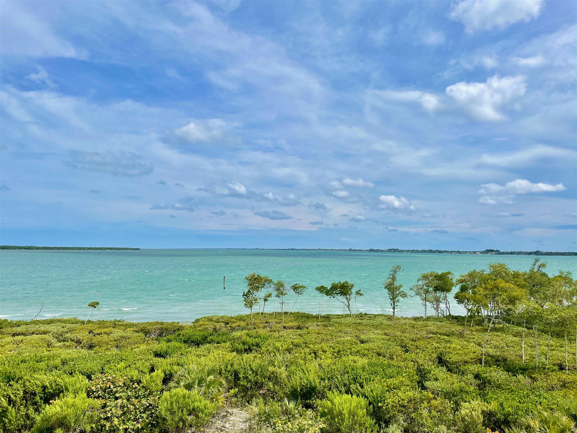 27 Harbour Isle Drive W #302, Fort Pierce, FL 34949 - MLS#: RX-10725379