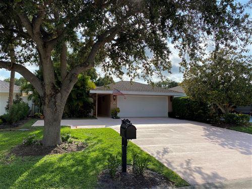 Photo of 17085 Bay Street, Jupiter, FL 33477 (MLS # RX-10626382)