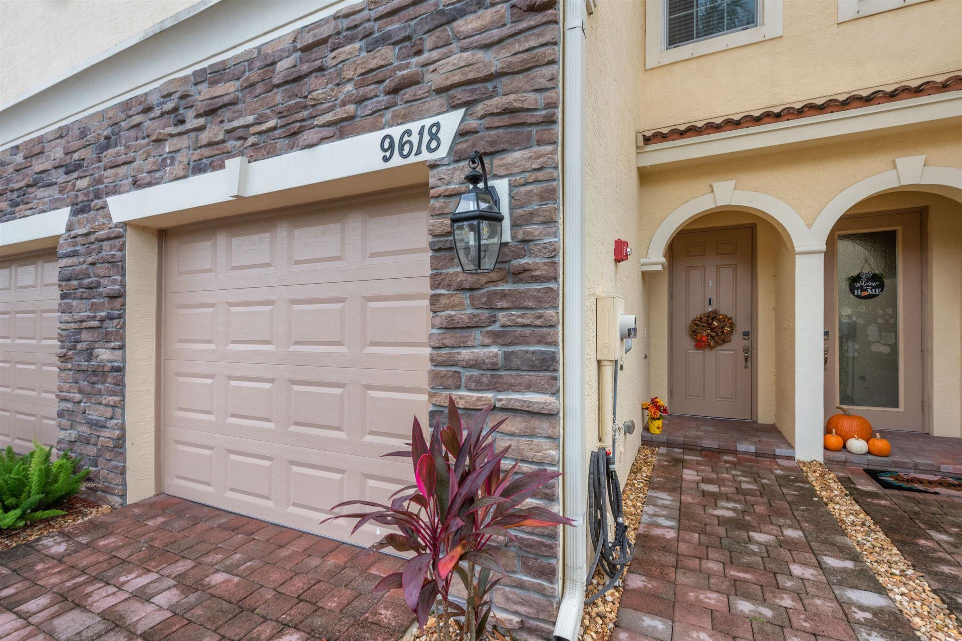 Photo of 9618 SW Purple Martin Way, Stuart, FL 34997 (MLS # RX-10753382)