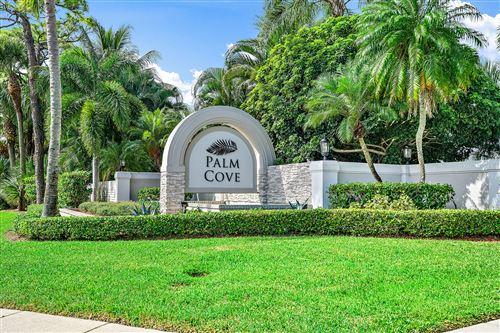 Photo of 18586 Lakeside Gardens Drive, Jupiter, FL 33458 (MLS # RX-10666383)