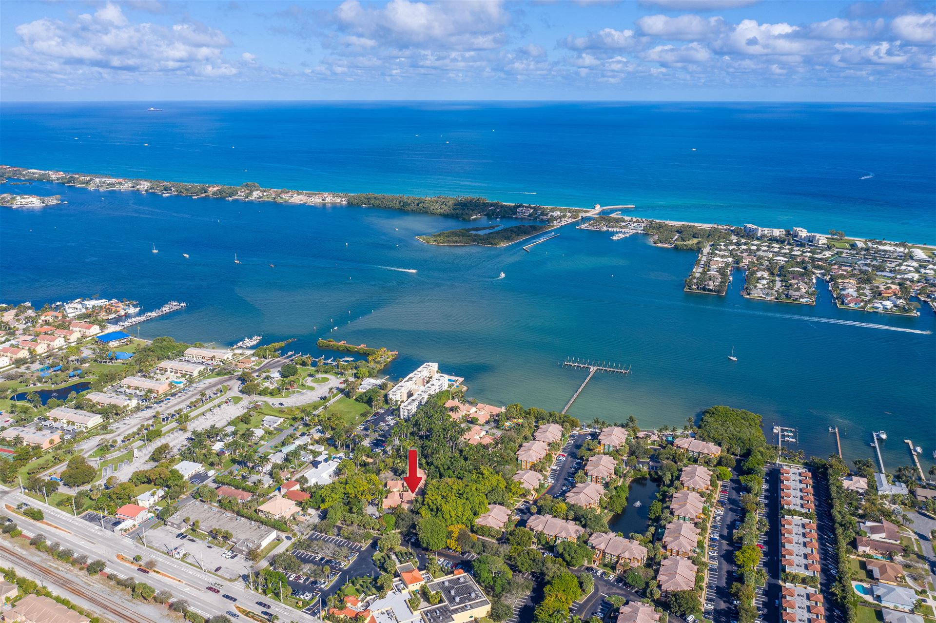 20 Via Lago, Boynton Beach, FL 33435 - MLS#: RX-10686383