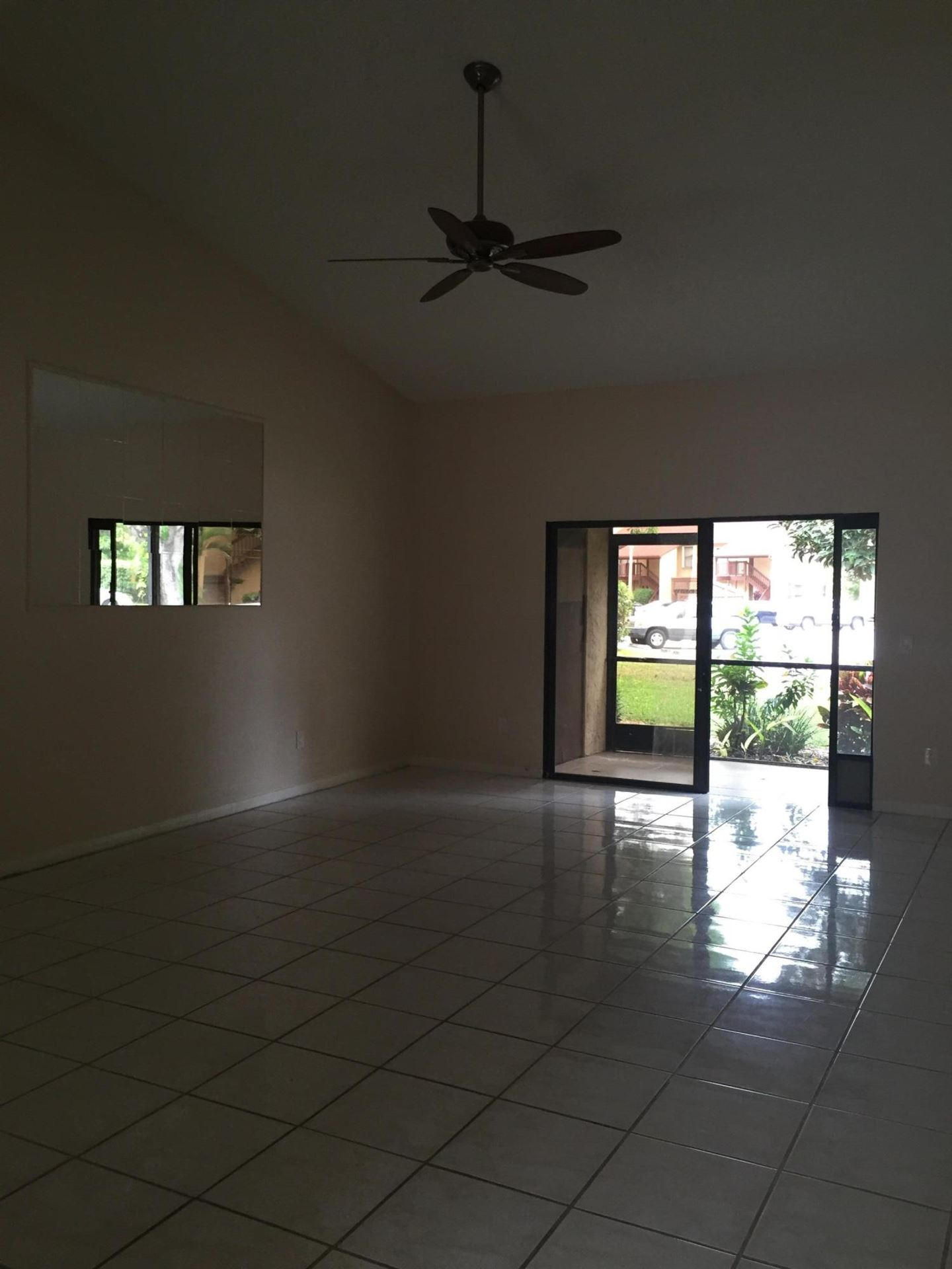 808 Lakeview Circle, Royal Palm Beach, FL 33411 - #: RX-10659384