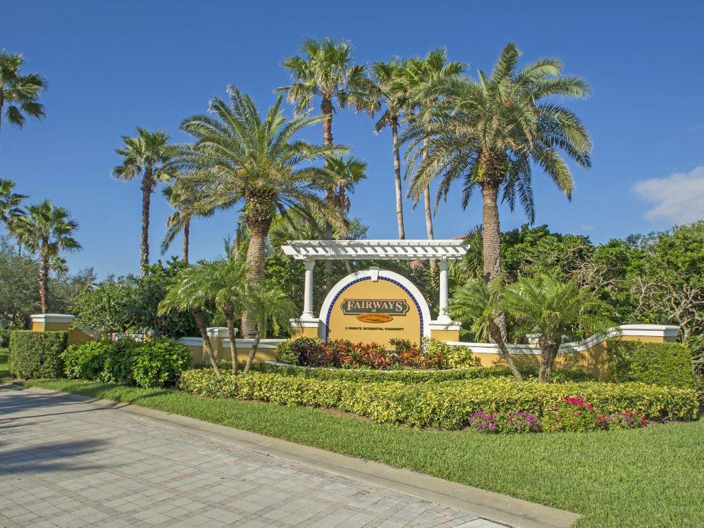 5025 Fairways Circle #B107, Vero Beach, FL 32967 - #: RX-10659386