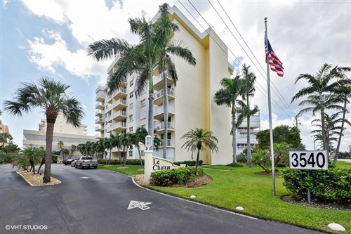 Foto de inmueble con direccion 3540 S Ocean Boulevard #308 South Palm Beach FL 33480 con MLS RX-10579387
