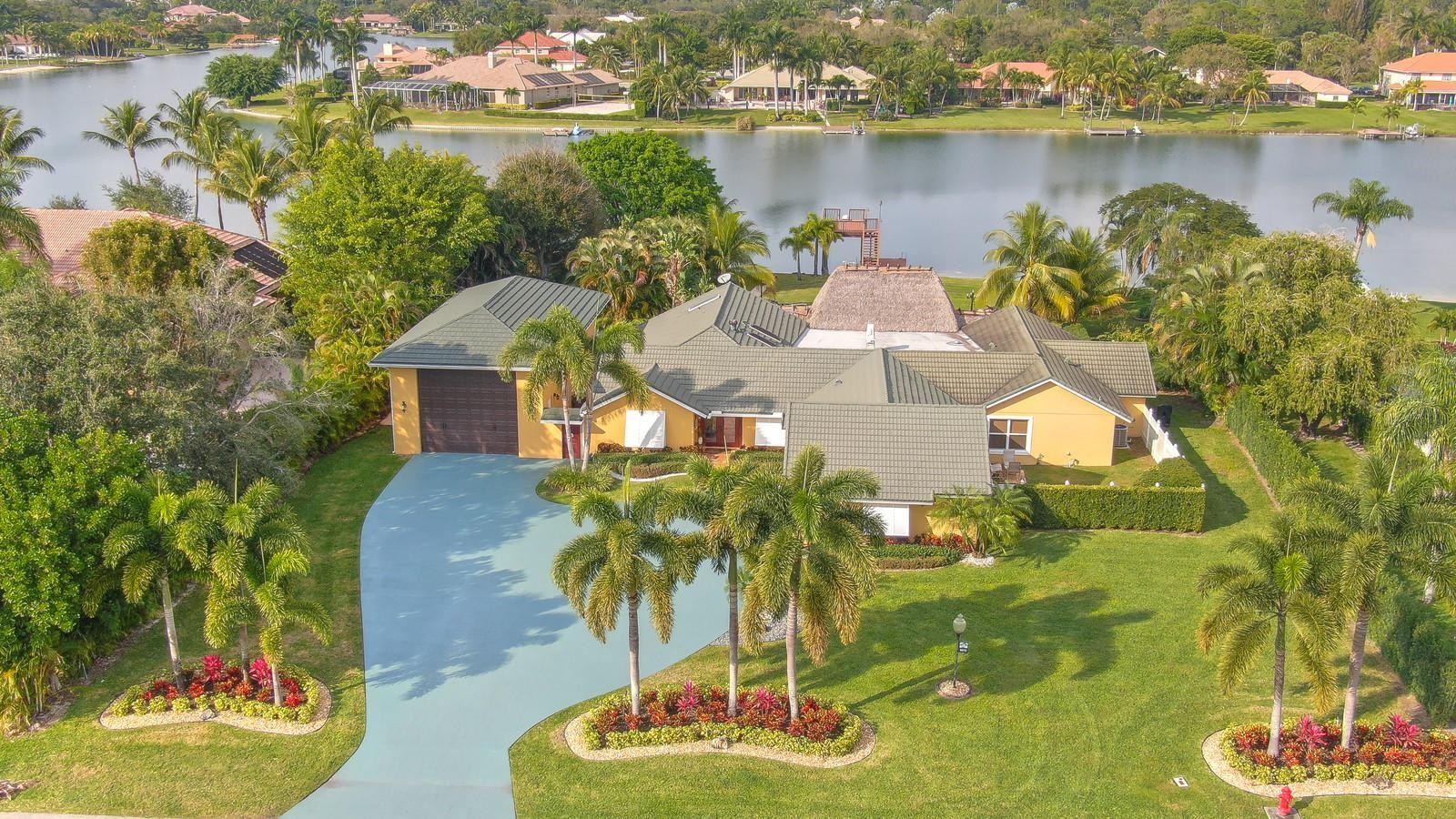 8813 Wendy Lane S, West Palm Beach, FL 33411 - #: RX-10648387
