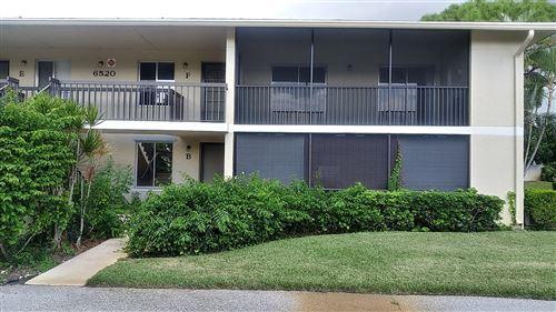 Photo of 6520 Chasewood Drive #F, Jupiter, FL 33458 (MLS # RX-10747388)
