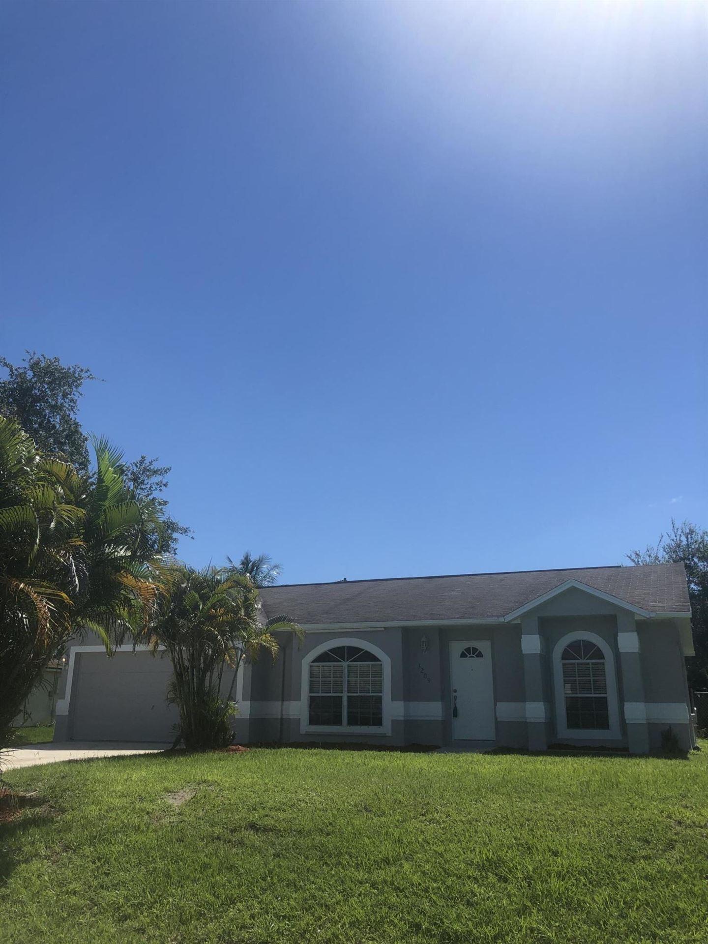 3209 SE Otis Lane, Port Saint Lucie, FL 34984 - #: RX-10620388