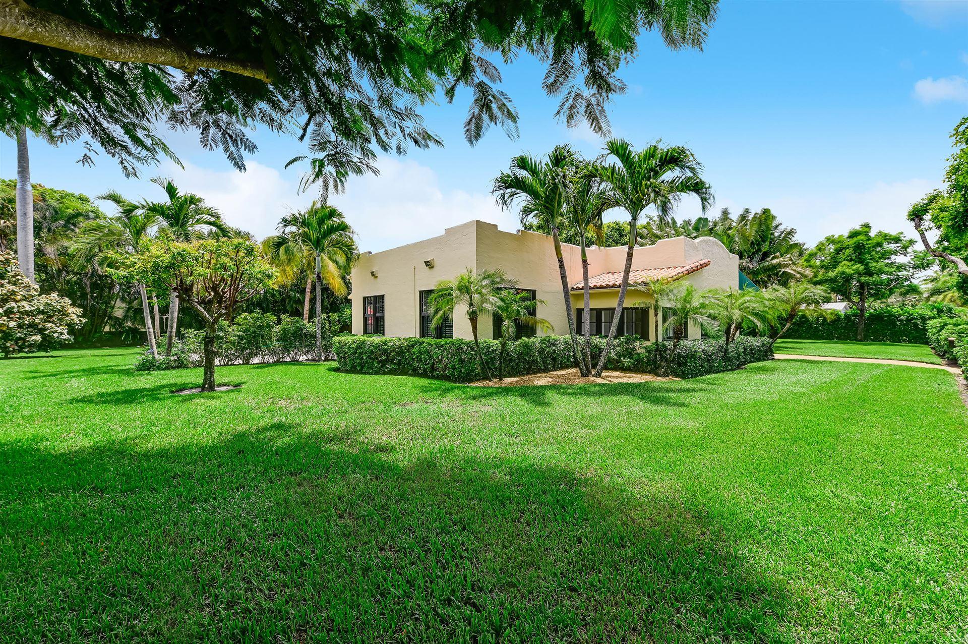 Photo of 316 Pilgrim Road, West Palm Beach, FL 33405 (MLS # RX-10733388)