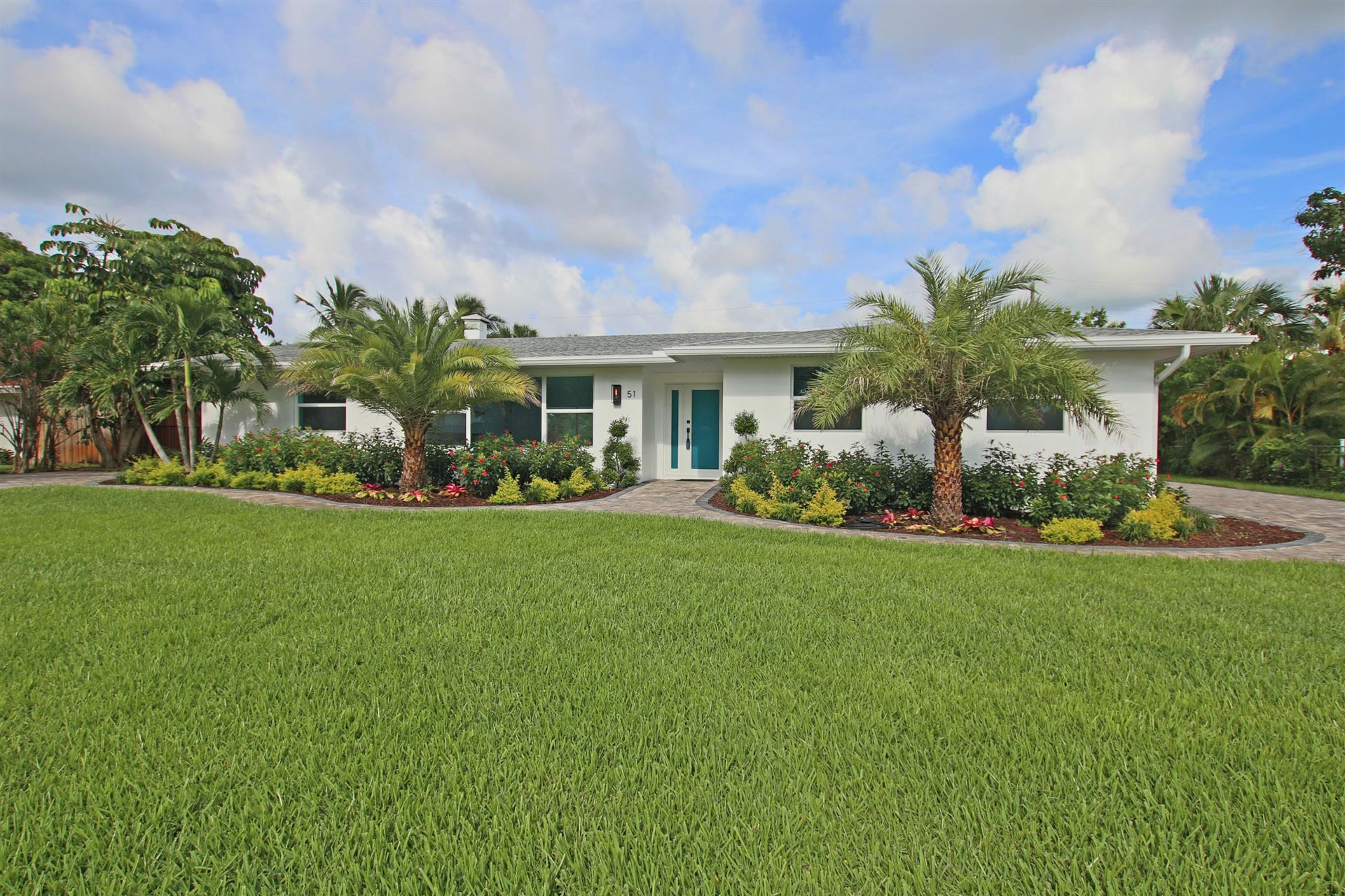 51 Pinetree Place, Tequesta, FL 33469 - #: RX-10648389
