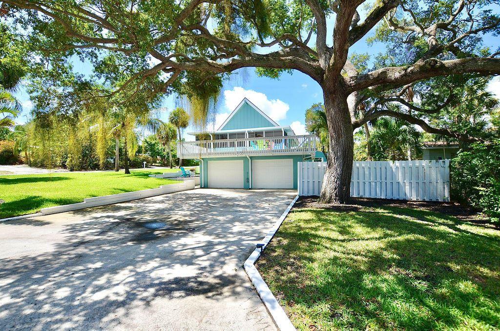 1396 NE Waveland Avenue, Jensen Beach, FL 34957 - MLS#: RX-10723389