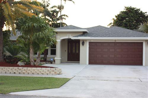 Photo of 1122 Essex Drive, Wellington, FL 33414 (MLS # RX-10638390)