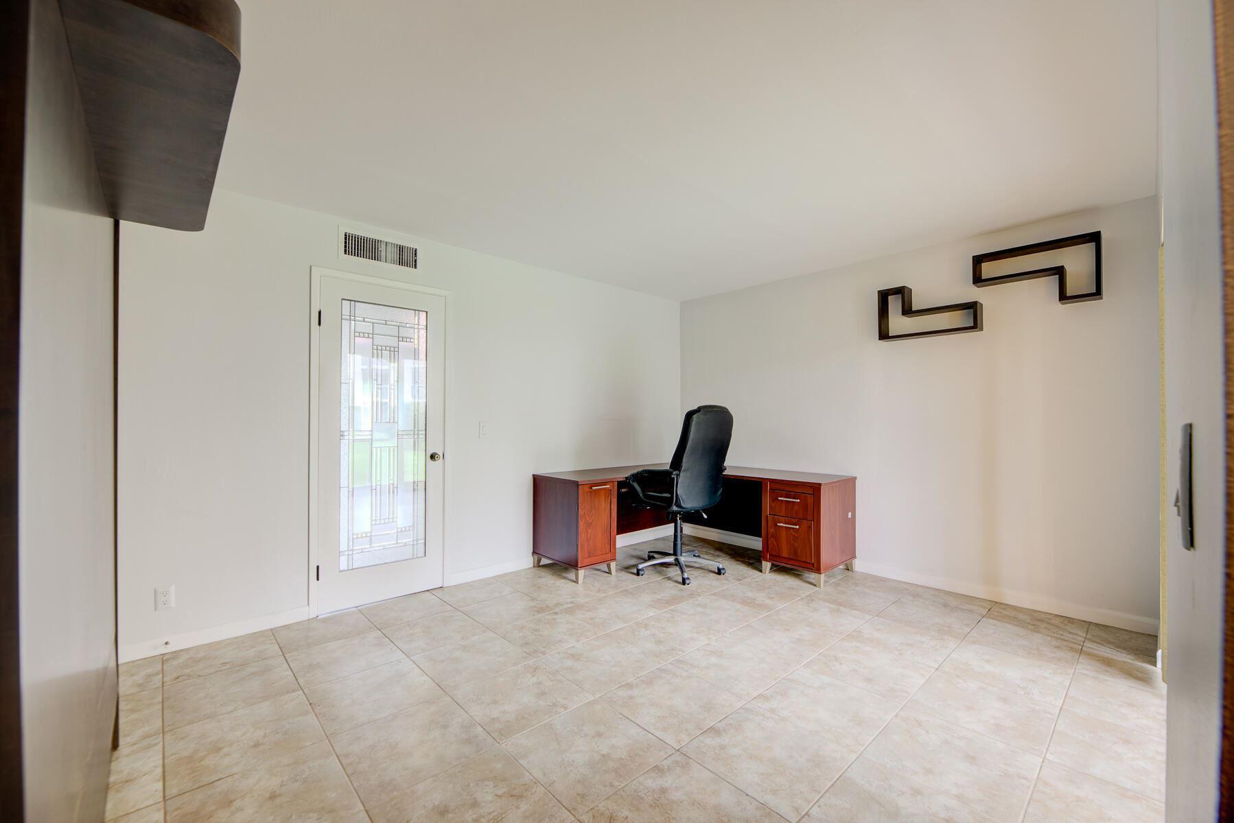 200 Village Green Circle E #104, Palm Springs, FL 33461 - #: RX-10733390