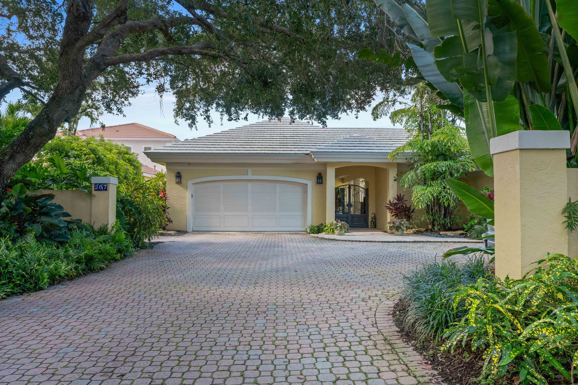 Photo of 287 Regatta Drive, Jupiter, FL 33477 (MLS # RX-10650392)
