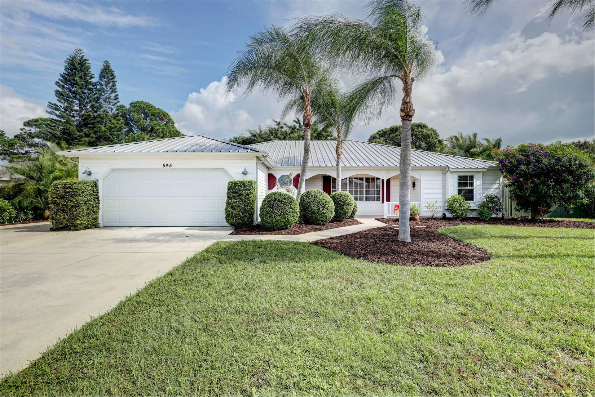 545 NE Solida Circle, Port Saint Lucie, FL 34983 - #: RX-10672395