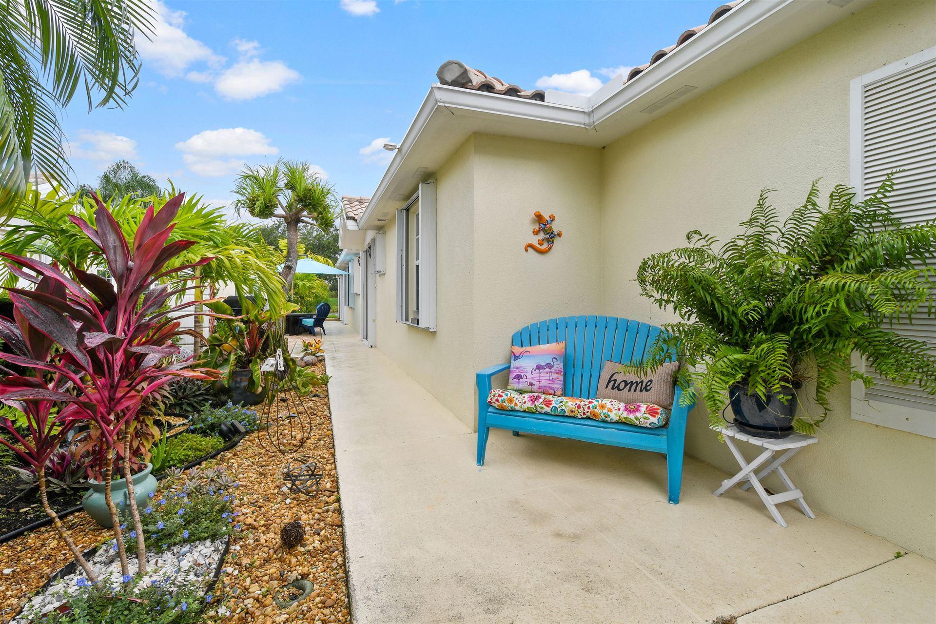 Photo of 8072 SE Peppercorn Court, Hobe Sound, FL 33455 (MLS # RX-10646396)
