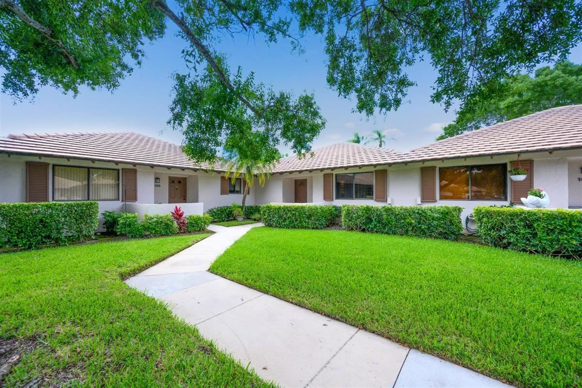 Photo of 106 Club Drive, Palm Beach Gardens, FL 33418 (MLS # RX-10713396)